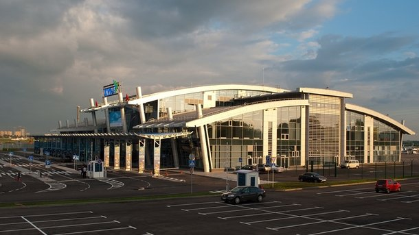 Ваэропорту украинской столицы схвачен житель россии, подозреваемый втерроризме