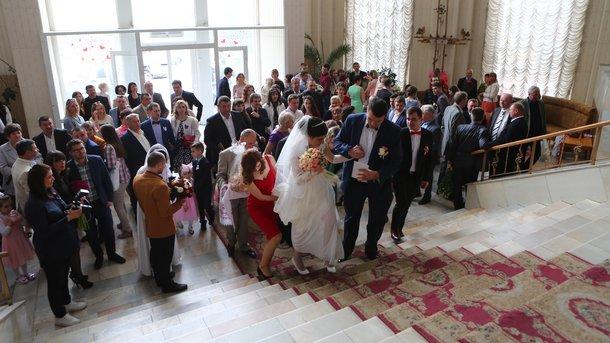 Вконце рабочей недели Киев «накроет» свадебный ажиотаж