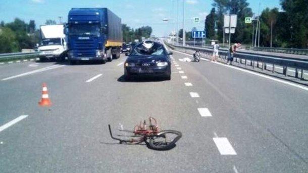ВКиевской обл. шофёр насмерть сбил 15-летнего велосипедиста