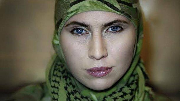 Вгосударстве Украина совершили покушение наАдама Осмаева. Убита его супруга Амина Окуева