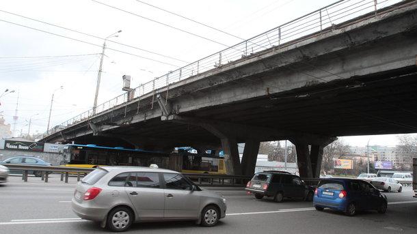 Реконструкцию Шулявского путепровода начнут вконце этого года