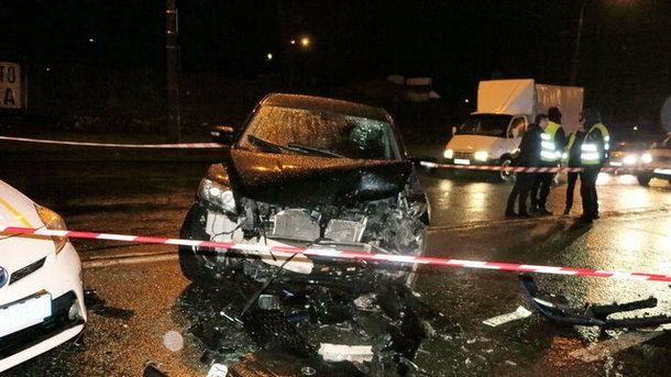 Смертельное ДТП с сотрудником МВД в Киеве: водитель и пассажир не были пристегнуты