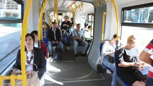 В Киеве с повышением стоимости проезда ввели новые билеты
