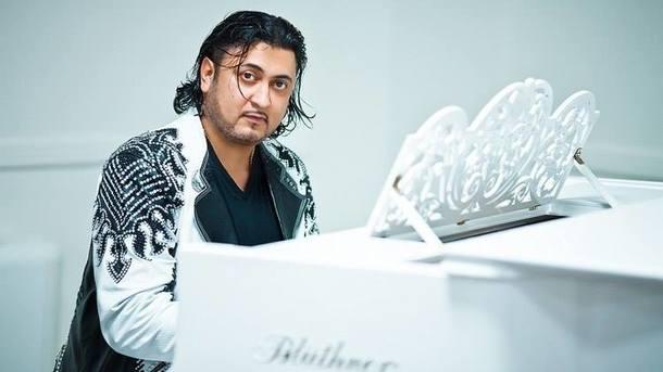 ВКиеве ограбили известного ромского певца