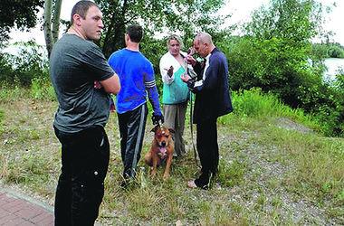 Не допускается выгул без намордника собак крупных и агрессивных пород.