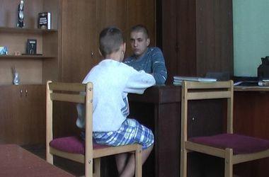 В Киеве ребенок сбежал от матери, которая грозилась отдать его в детский дом (фото)