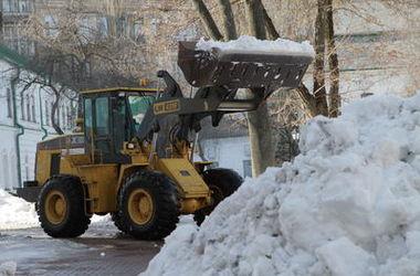 <p>В Киеве из-за снега ждут потопа</p>