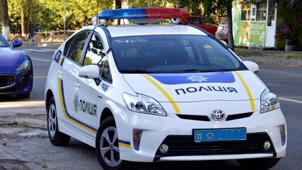 Украинские владельцы автомобилей жгут шины иблокируют въезды встолицу Украины