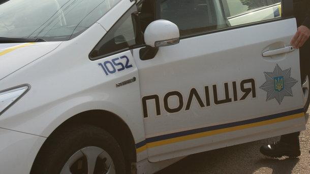 Автоворы «обчистили» иномарку народного депутата вКиеве