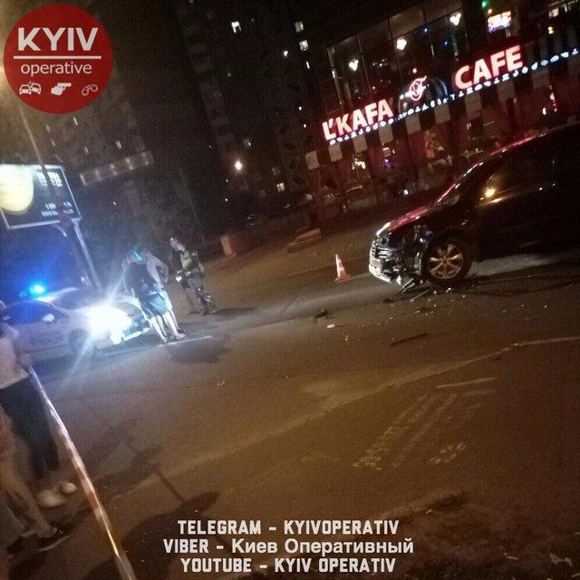 ВКиеве нетрезвый шофёр Субару сбил мотоциклиста
