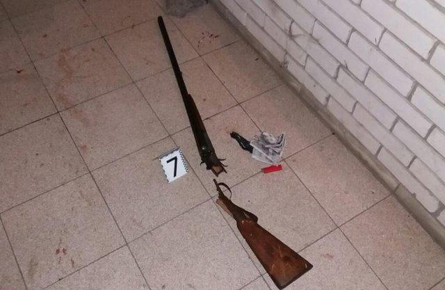НаКиевщине вооруженный мужчина пытался уничтожить семейную пару