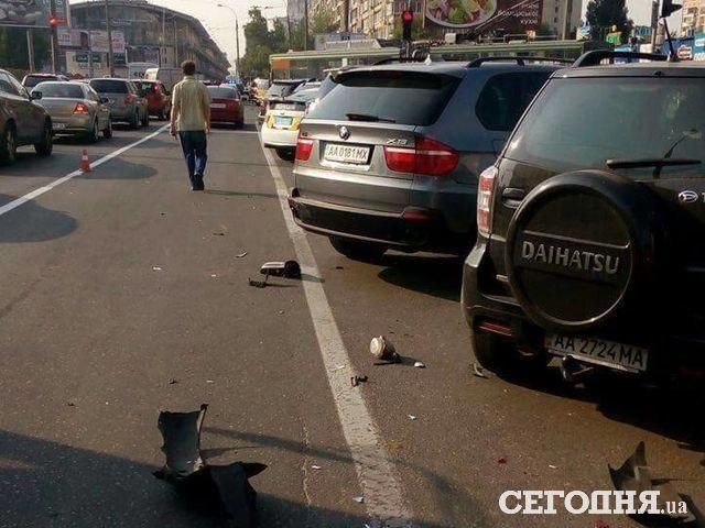 Нетрезвый шофёр разбил 3 машины насветофоре 6