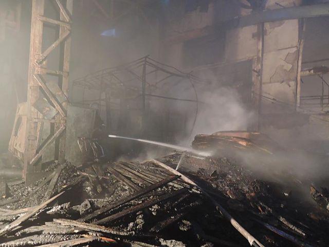 ВКиеве назаводе имени Лепсе произошел пожар