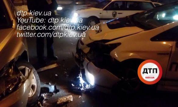 Ехали навызов повстречке: киевские патрульные попали вДТП