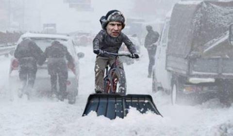 Затори в столиці: потужний снігопад паралізував рух у Києві - Цензор.НЕТ 1435