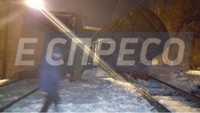 ВКиеве задом столкнулись два поезда